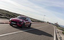 Cars wallpapers Porsche Macan GTS (Carmine Red) - 2020